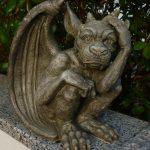 Pondering stone dragon